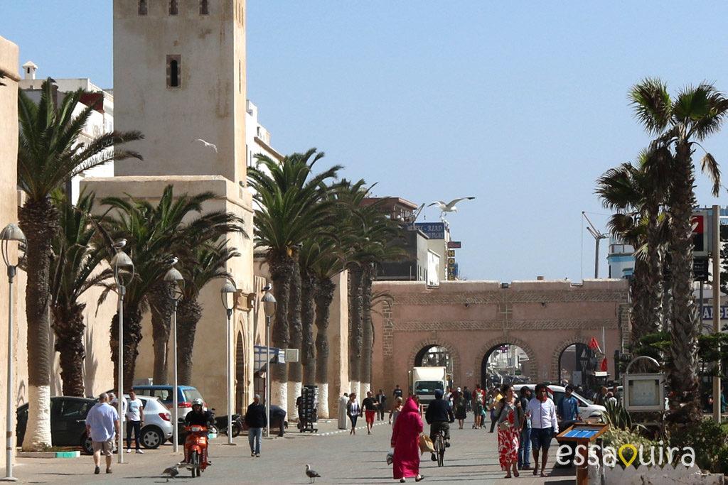Photo horloge medina Essaouira Maroc
